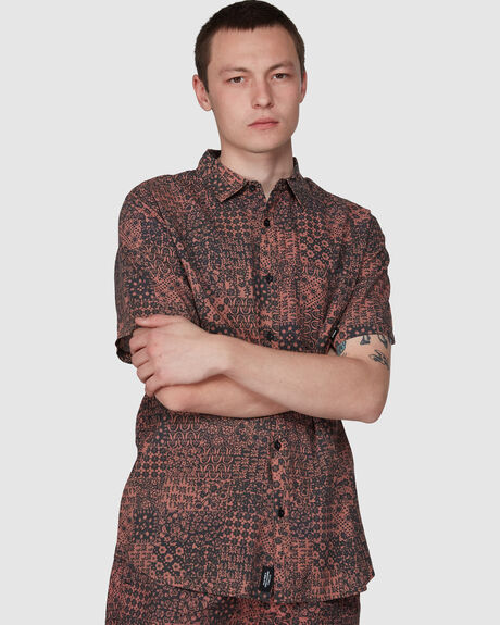 EDGEWORK SHORT SLEEVE SHIRT
