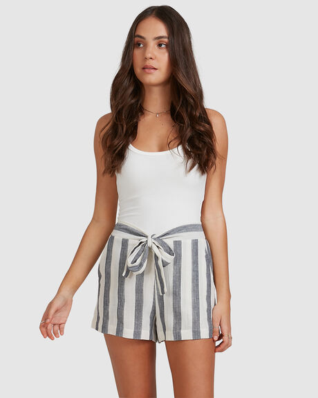 WOMENS TIE STRIPE SHORT