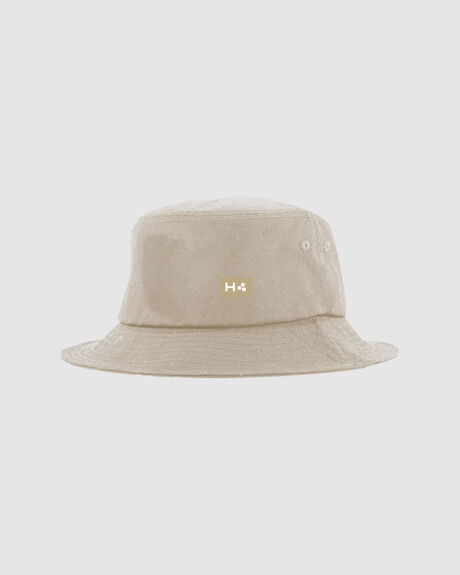 LOOPED BUCKET HAT