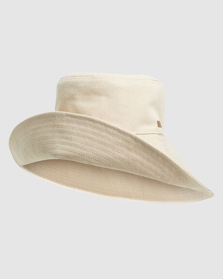 FRESH BLOSSOM HAT