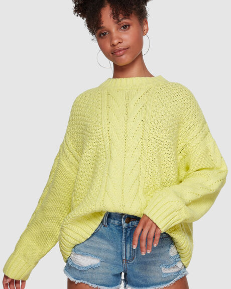 COLOR POP CABLE SWEATER