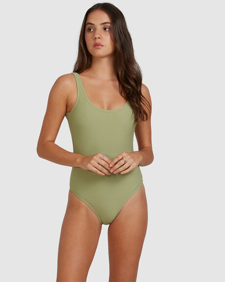 TANLINES ONE PIECE