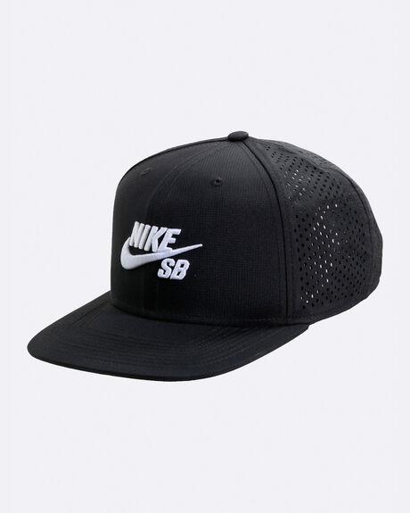 U NK CAP TRUCKER