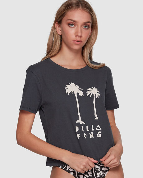 LOVE OF PALMS CROPPED TEE