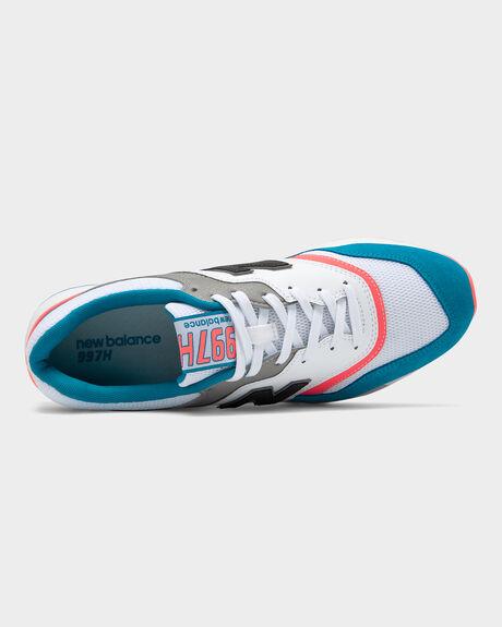 f8321832eec23 White/blue/pink Sued NEW BALANCE 997H SHOE | Amazon Surf