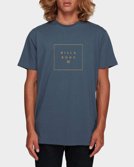 STACK IT TEE