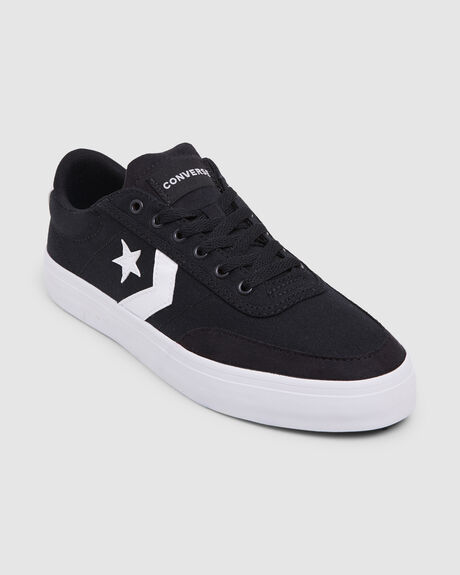 CONVERSE COURTLANDT LOW BLK
