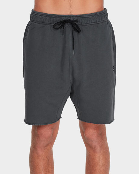 ADDICT FLEECE SHORTS