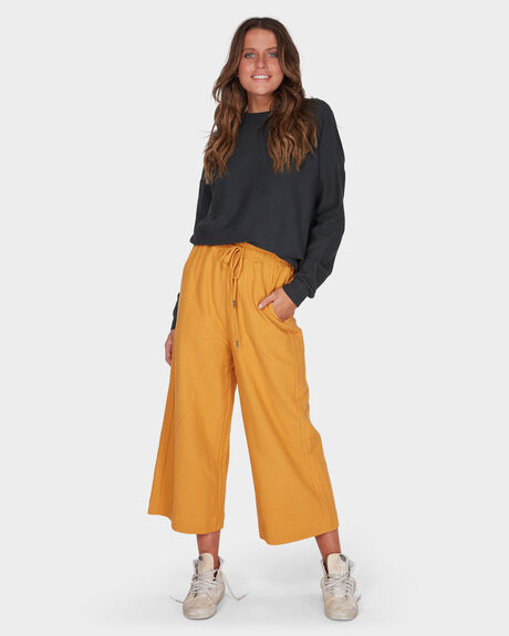 FINELINES TRACKPANT