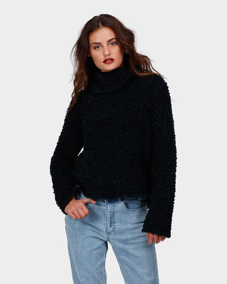 HUGME CROP KNIT