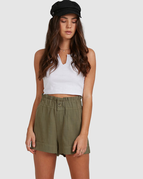 WOMENS STAPLE SHORT