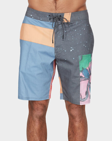 SAGE COLLAGE BOARDSHORT