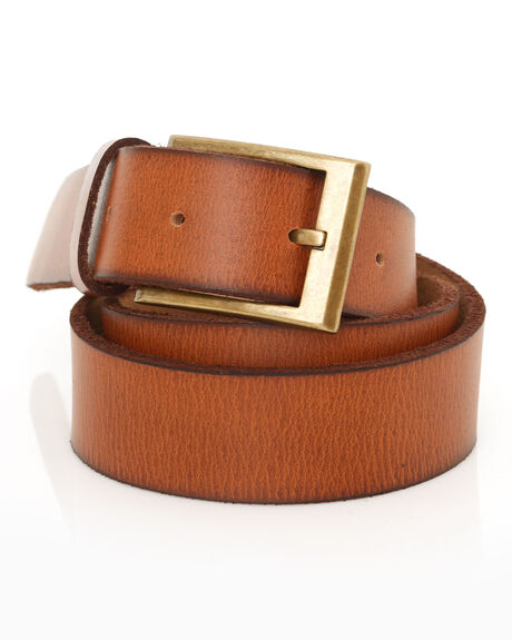 RUN WILD LEATHER BELT
