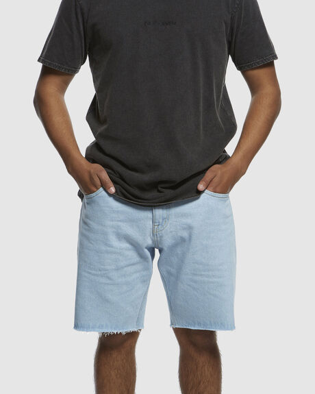 "HIGH WATER ICE 19"" DENIM SHORTS"