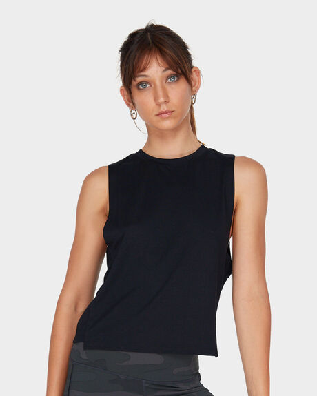 ROGUE MUSCLE TANK TOP